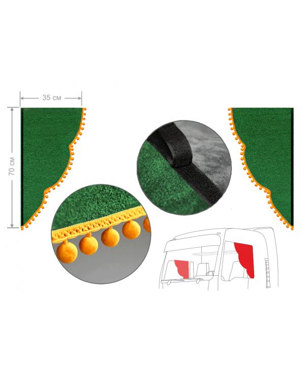Комплект уголков зеленый с помпонами 35*70см