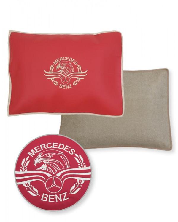Подушка-наволочка на Mercedes Красная